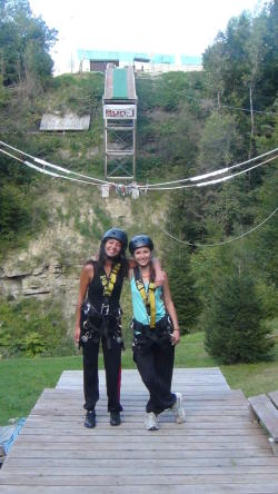 Tandem Bungee jumping